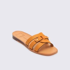 Dolce Vita Leather Cait Slide Sandals in Honey NWT